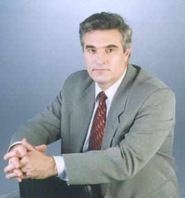 Профессор, доктор физико-математических наук Александр Федорович Хохлов (ректор с 1998 по 2003 год)